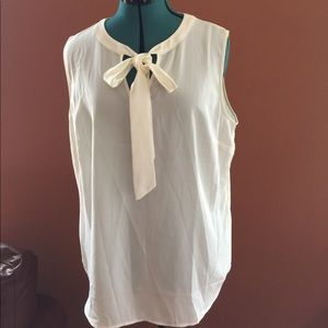 TALBOTS BLOUSE SLEEVELESS WITH CROSS OVER BOW